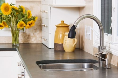 A kitchen sink backsplash can look classy and be functional 16001529 40042922 0 14105611 500