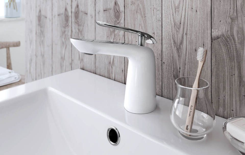 Frederick York single handle white and chrome faucet